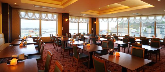海の見えるレストラン「SEA RAY」|知床ノーブルホテル